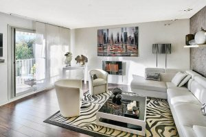 salon lumineux appartement moderne